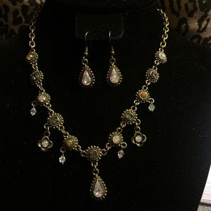 Vintage antique gold crystal necklace earrings